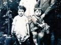 En el Jardín de la casa familiar: D. José (montado a caballo) con sus hermanos Antonio, Carmelina y Ana María