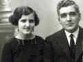 Su hermana Carmelina con su padre